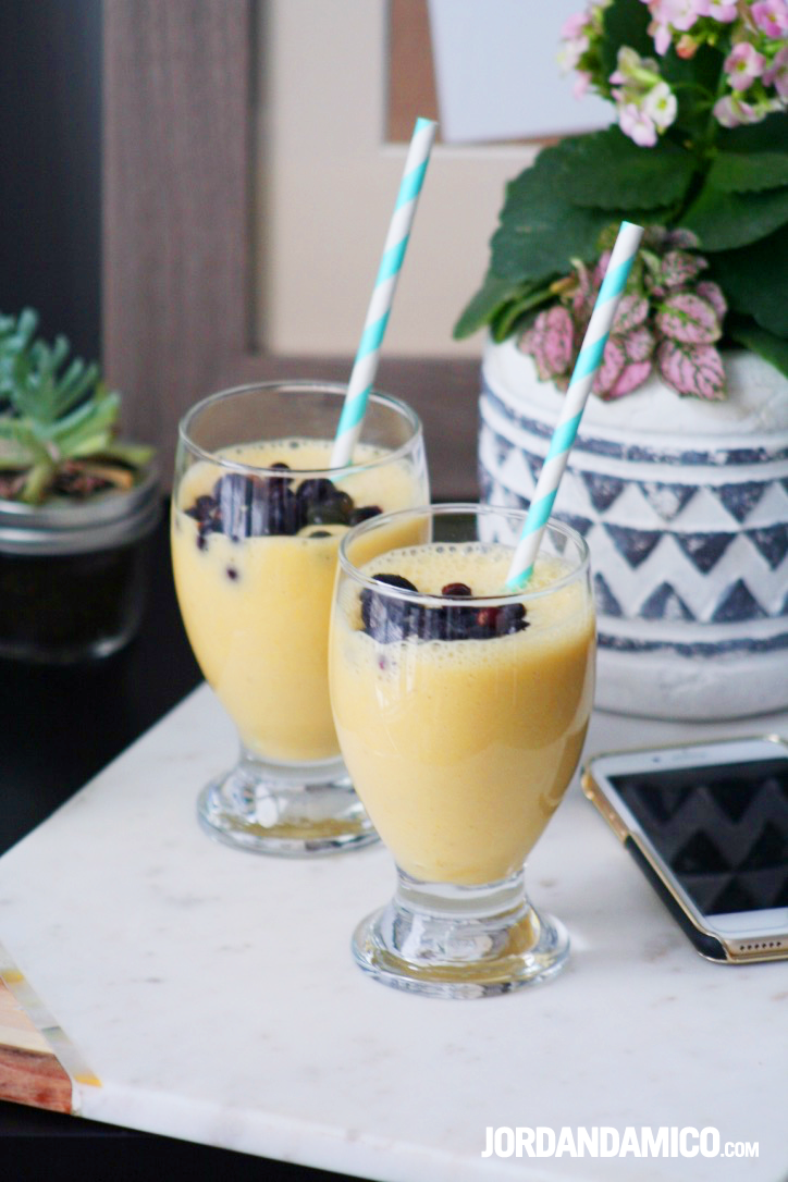 Easy 4 Ingredient Tropical Smoothie